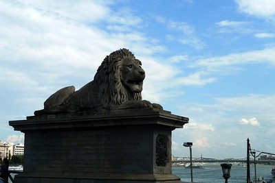 Lion on the Chain Bridge