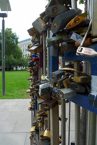 Lock tree of love